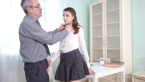 ดูหนังโป๊24Cutie blows teachers dick to get free classes – Alita Angel tag_star_name: <span>Cutieblows</span>