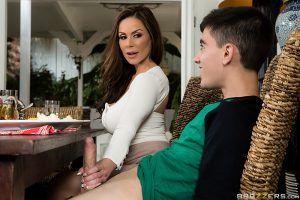 ดูหนังโป๊ คลิปหลุด Kendra Lust จานเด็ดเคล็ดลับ..ตำรับแม่แฟน Brazzers หนังเอวี ซับไทย jav subthai